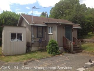 1255 S 10th St, Coos Bay, OR 97420