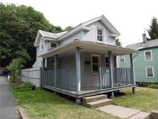 79 Chamberlain Street, New Haven CT