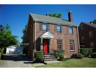 1025 Helmsdale Road, Cleveland Heights OH