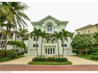 105 Inagua Lane, Bonita Springs FL