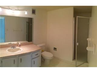 500 3 Islands Blvd #109, Hallandale, FL 33009