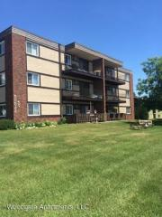 403 Doddridge Ave #202, Cloquet, MN 55720