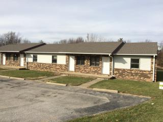 630 N North St #B, Ladoga, IN 47954