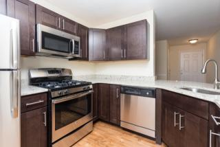 916 Beacon Square Ct, Gaithersburg, MD 20878