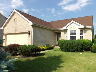 3 Briarcliff Court, Lake in the Hills IL