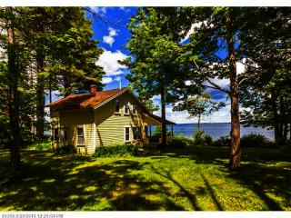 606 Shore Road, Northport ME