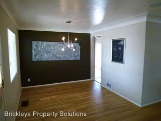 7508 Morrow Ave NE, Albuquerque, NM 87110