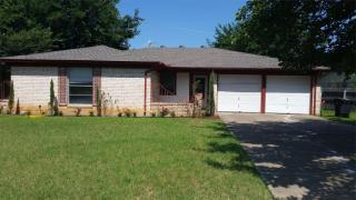504 S Colonial Dr, Cleburne, TX 76033