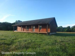 181 County Rd #407, Fayette, MO 65248