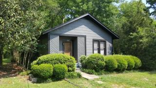 220 S 11th Ave, Hattiesburg, MS 39401