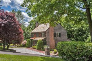 13 Meadow Wood Drive, Greenwich CT