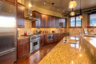 35 5th St #306, Steamboat Springs, CO 80487