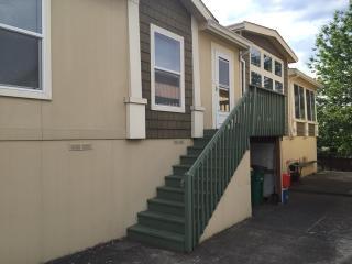 951 Southwest Livingston Place, Troutdale OR