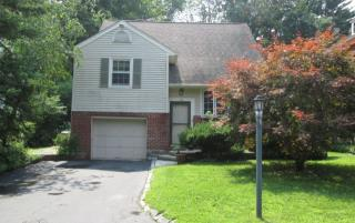 133 Grandview Dr, Pleasantville, NY 10570