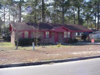 703 E 20th St, Alma, GA 31510