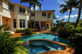 7424 Northeast Bay Cove Court, Boca Raton FL
