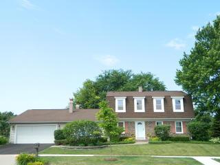 3990 Whispering Trails Drive, Hoffman Estates IL