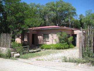 28 Archuleta Lane, Taos NM