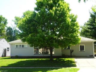 6355 Dellrose Drive, Parma Heights OH