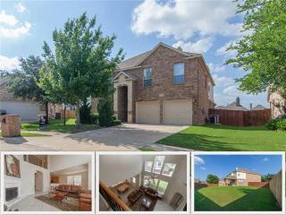 1321 Constance Drive, Fort Worth TX