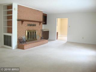 6992 N Frederick Pike, Cross Junction, VA 22625