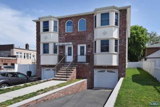 209B Jefferson Avenue, Hasbrouck Heights NJ