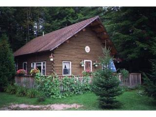 403 White Mountain Rd, Woodsville, NH 03785