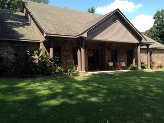 109 Joann Street, White Oak TX