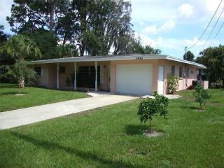 3412 Queens Street, Sarasota FL