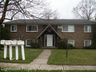 102 43rd St SW, Wyoming, MI 49548