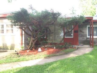 4239 Grove Avenue, Brookfield IL