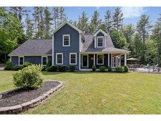 66 Kent Locke Circle, Alton NH