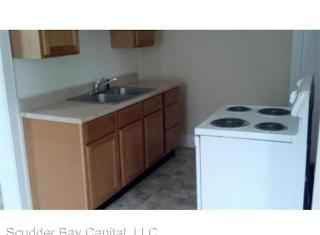 21 Whitcomb St #1L, Webster, MA 01570