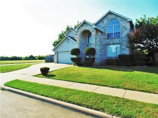 325 West Glen Meadow Drive, Glenn Heights TX