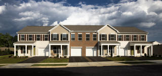 Deer Run Commons by Charter Homes & Neighborhoods