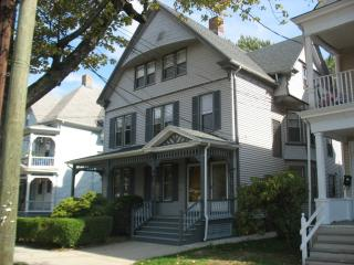 Dixwell, New Haven, CT 06511