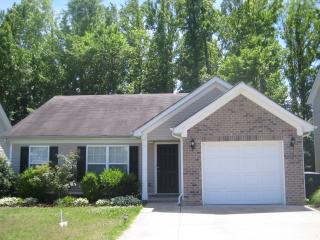 1381 E Nir Shreibman Blvd, La Vergne, TN 37086