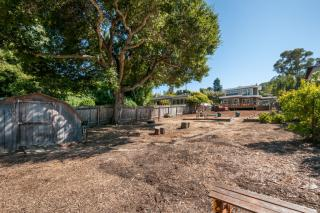 775 Lakeview Way, Emerald Hills CA