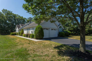 1 Sandhurst Rd, Lakewood, NJ 08701