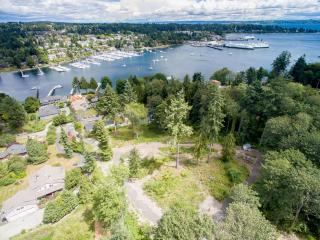 5922 Sunday Cove Lane Northeast, Bainbridge Island WA
