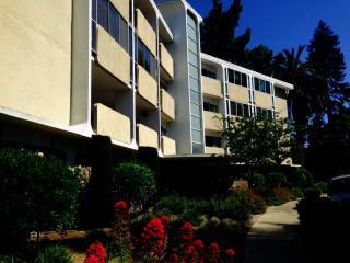 111 Wellesley Crescent 2e, Redwood City CA