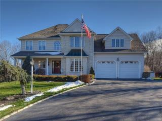 153 Pond View Drive, Watertown CT