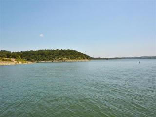 1813 Kingfisher Ridge Cove, Lago Vista TX