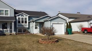 225 Meadows Dr, Sugar Grove, IL 60554