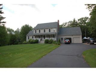 64 Laurel Hill Road, Chester NH