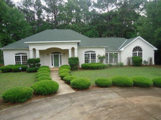 376 Buckeye Loop S, Waverly Hall, GA 31831
