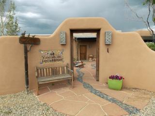 68 Camino De Los Arroyos, Taos NM