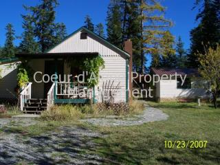 8034 E English Point Rd, Hayden, ID 83835