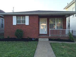 608 10th Ave, Huntington, WV 25701