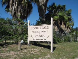 505 Honeydale Rd Brownsville TX 78520 Exterior High Rise Trailer Park